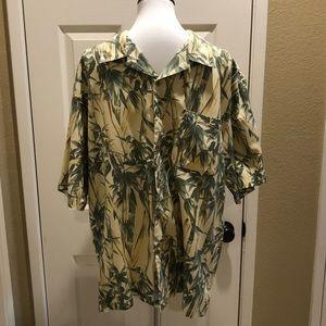 Tommy Bahama 100% Silk button shirt in EUC